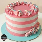 Tarta Striped Cak...